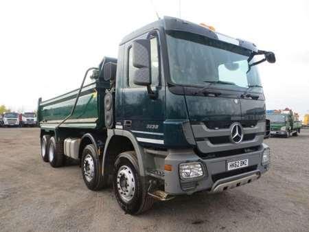 Cormac leonard commercial vehicles uk ireland for Mercedes benz c380