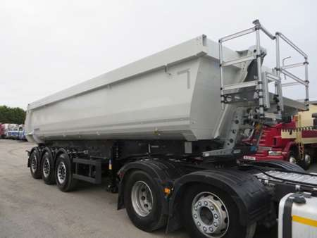 New & Unused Schmitz SKI 24 8.2 Tipping Trailer