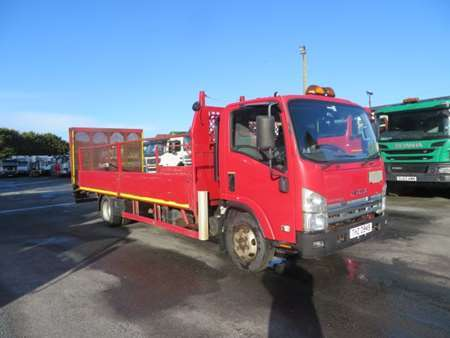 2009 Isuzu NPR-7 4x2 Dropside Beavertail