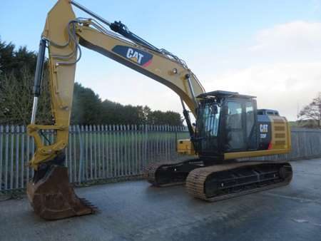 2017 CAT 320FL Tracked Excavator