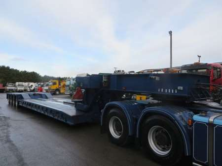 2002 King 4 Axle Extendable Drop Neck Low Loader