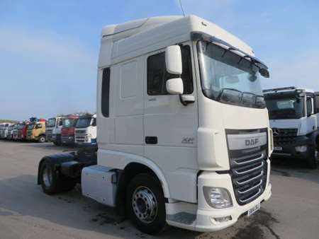 2014 (14) DAF XF106 Space Cab 4x2 Tractor Unit