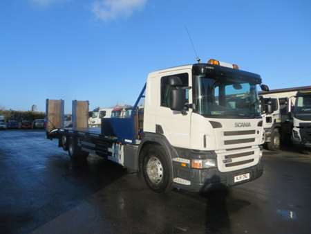 2011 (61) Scania P320 6x2 Beavertail