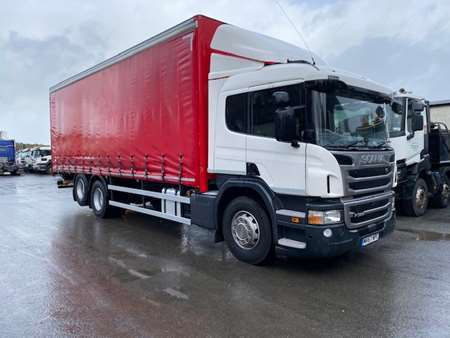 2018 Scania P320 6x2 Rear Lift 26T Curtainsider
