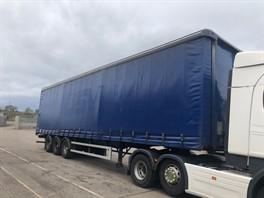 2004 4.65M SDC CURTAINSIDER