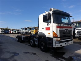 2006 Hino 700 3213 8x4 Chassis Cab