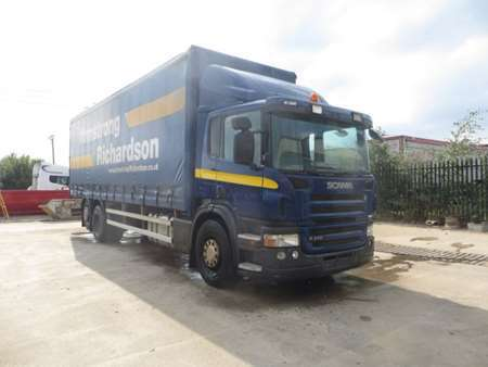 2008 (08) Scania P310 6x2 Rearlift 26T Curtainsider (12019)