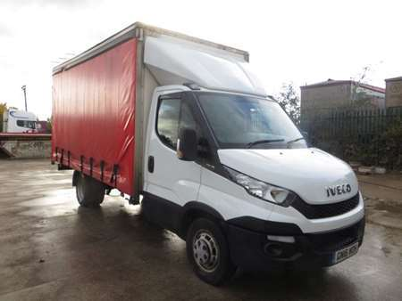 2016 (16) Iveco Daily 35C15 XLWB 4x2 3.5T Curtainsider (12061)