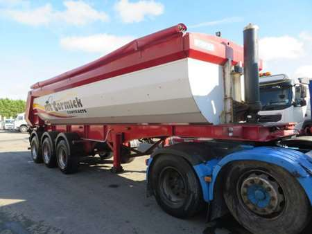 2008 Chieftain Tri Axle Half Pipe Tipping Trailer